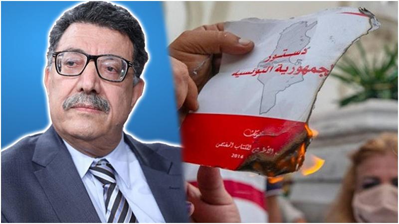 """عميد المحامين: """"حرق الدستور مجرد عملية همجية"""""""
